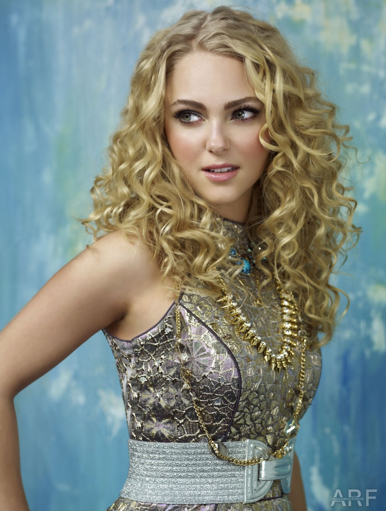 With annasophia robb carrie diaries are not