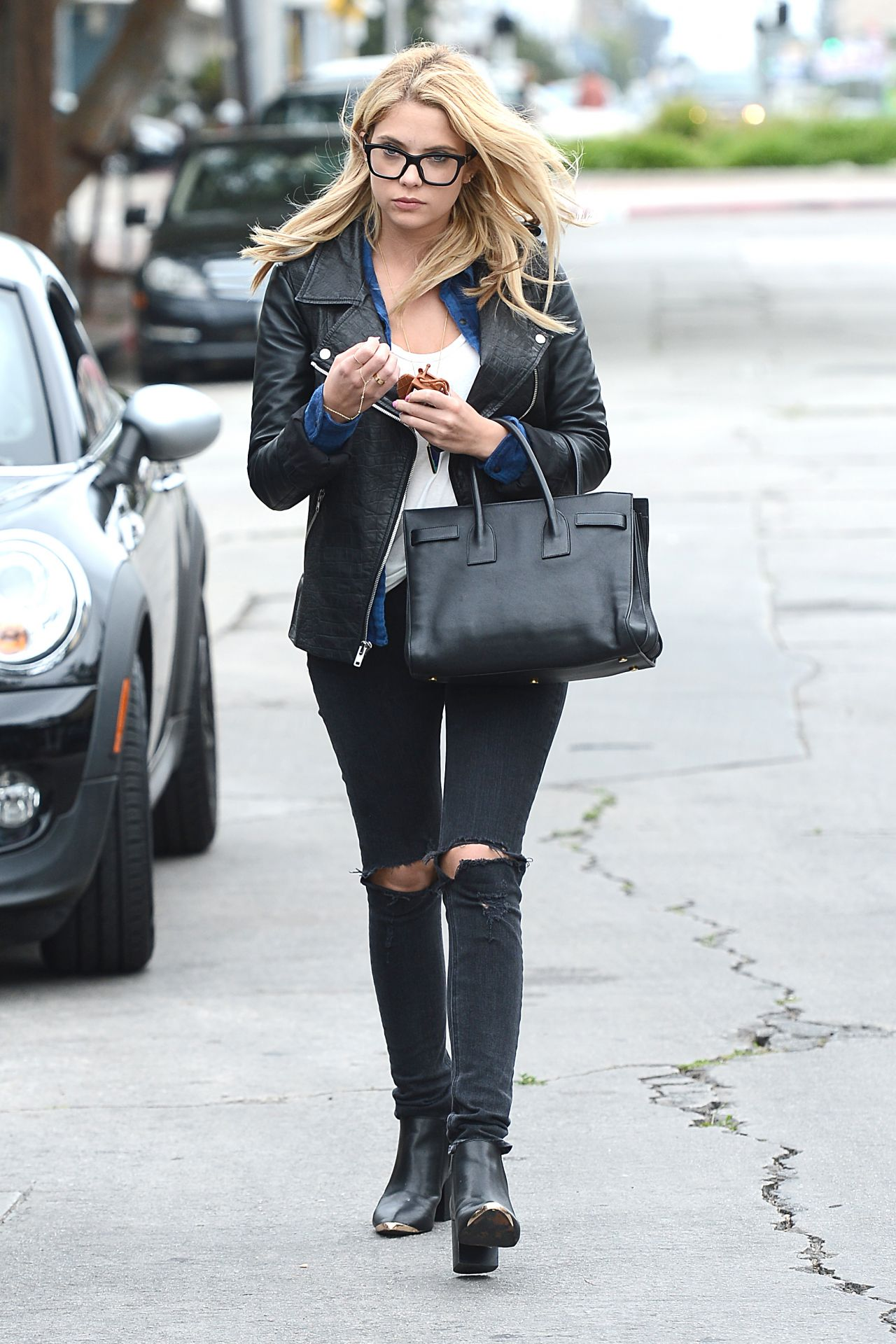 Ashley Benson Casual Style Out In Los Angeles March 2014