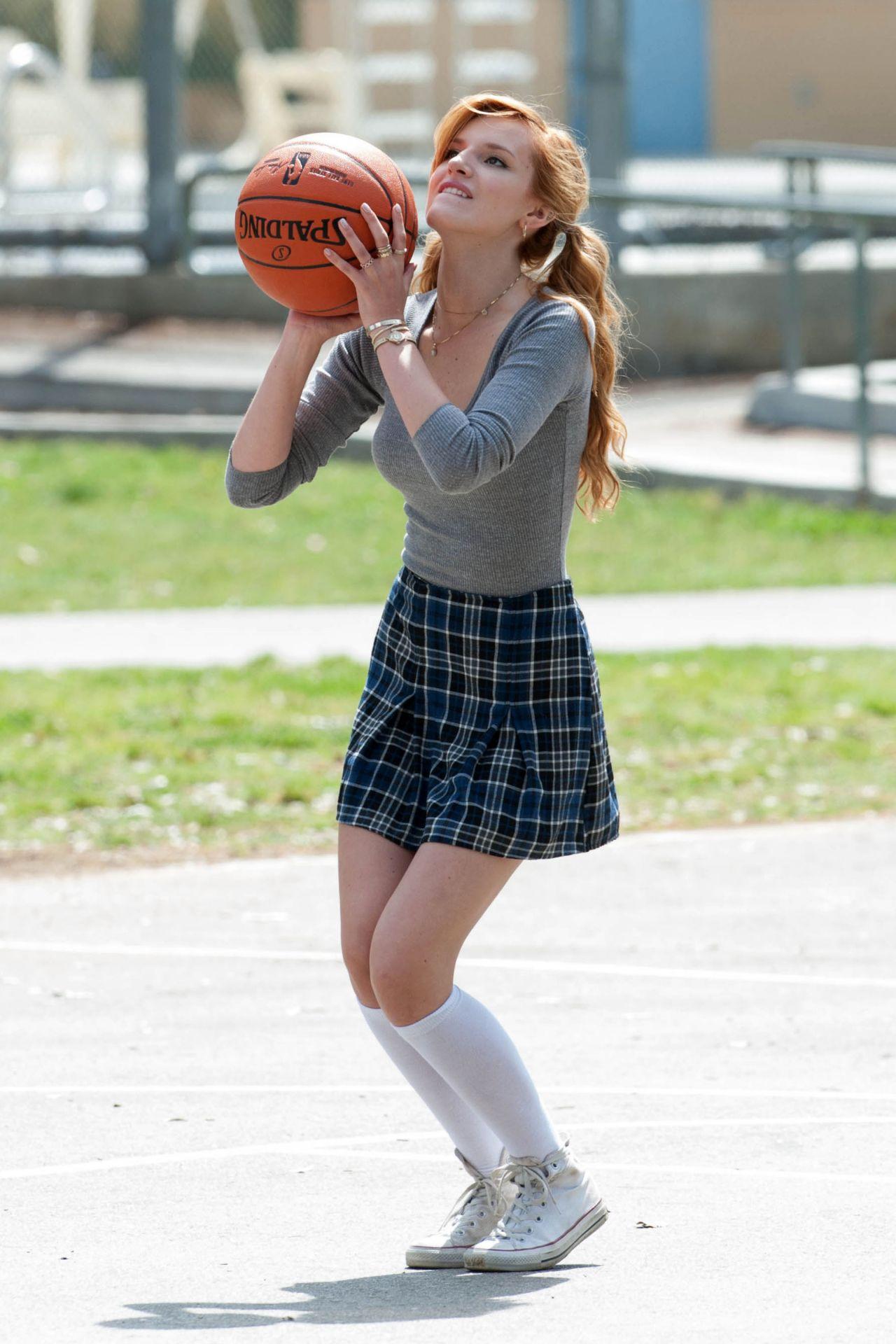 Bella Thorne playing basketball