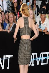 Bella Thorne Wearing Franziska Fox at 'Divergent' Premiere in Los Angeles