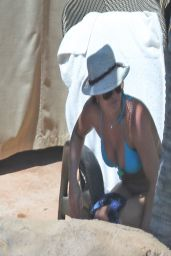 Britney Spears Bikini Candids - at a pool in Hawaii - March 2014