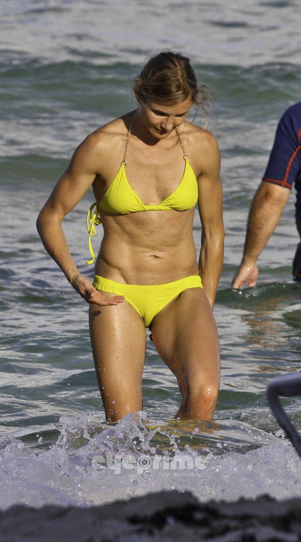 Cameron Diaz In Yellow Bikini - South Beach July 2011-4746