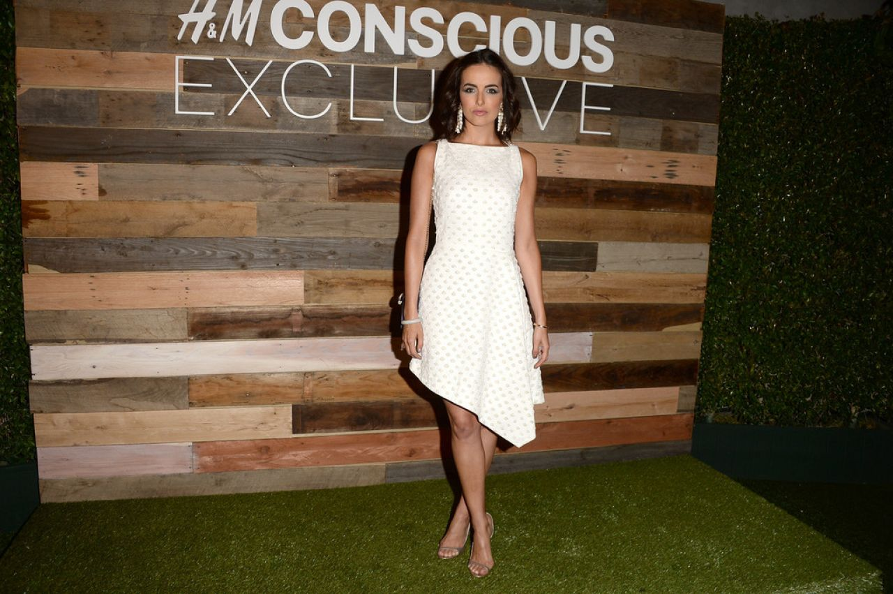 Camilla Belle Sexy Celebrity Legs: Camilla Belle At H&M Conscious Collection Dinner, March 2014