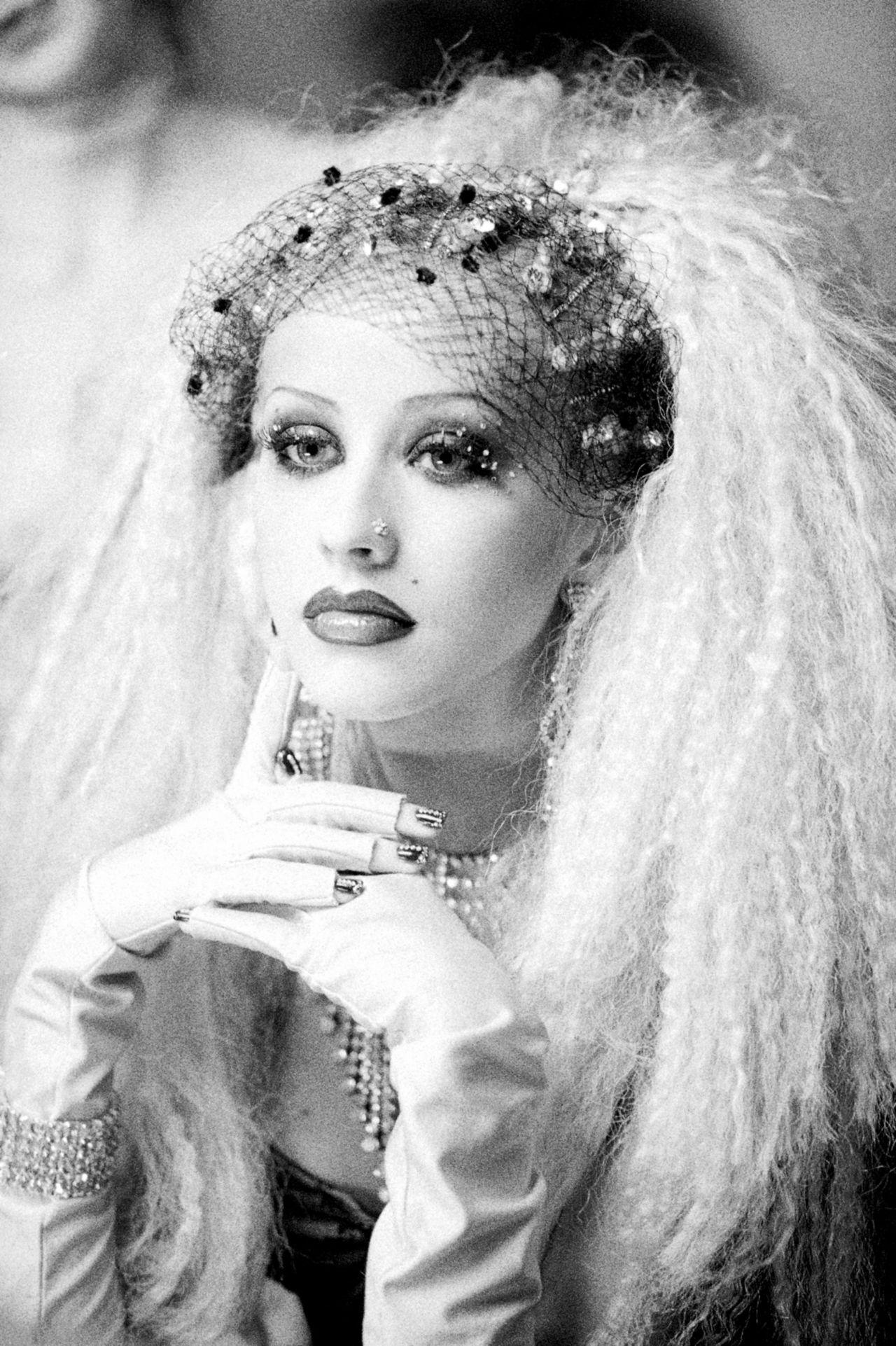 Christina Aguilera Lady Marmalade Screencaps