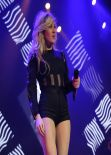Ellie Goulding Performs at The Echo Arena in Liverpool, March 2014
