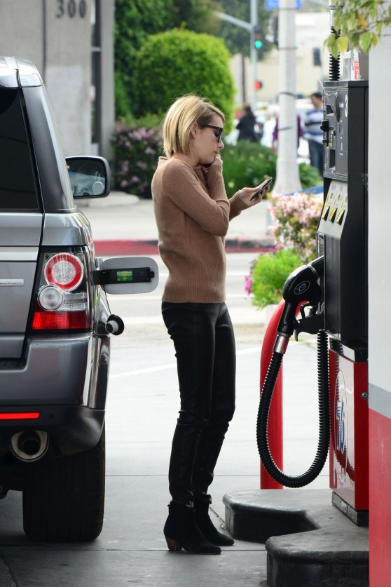 emma-roberts-in-leather-pants-gets-gas-in-west-hollywood-march-2014_7