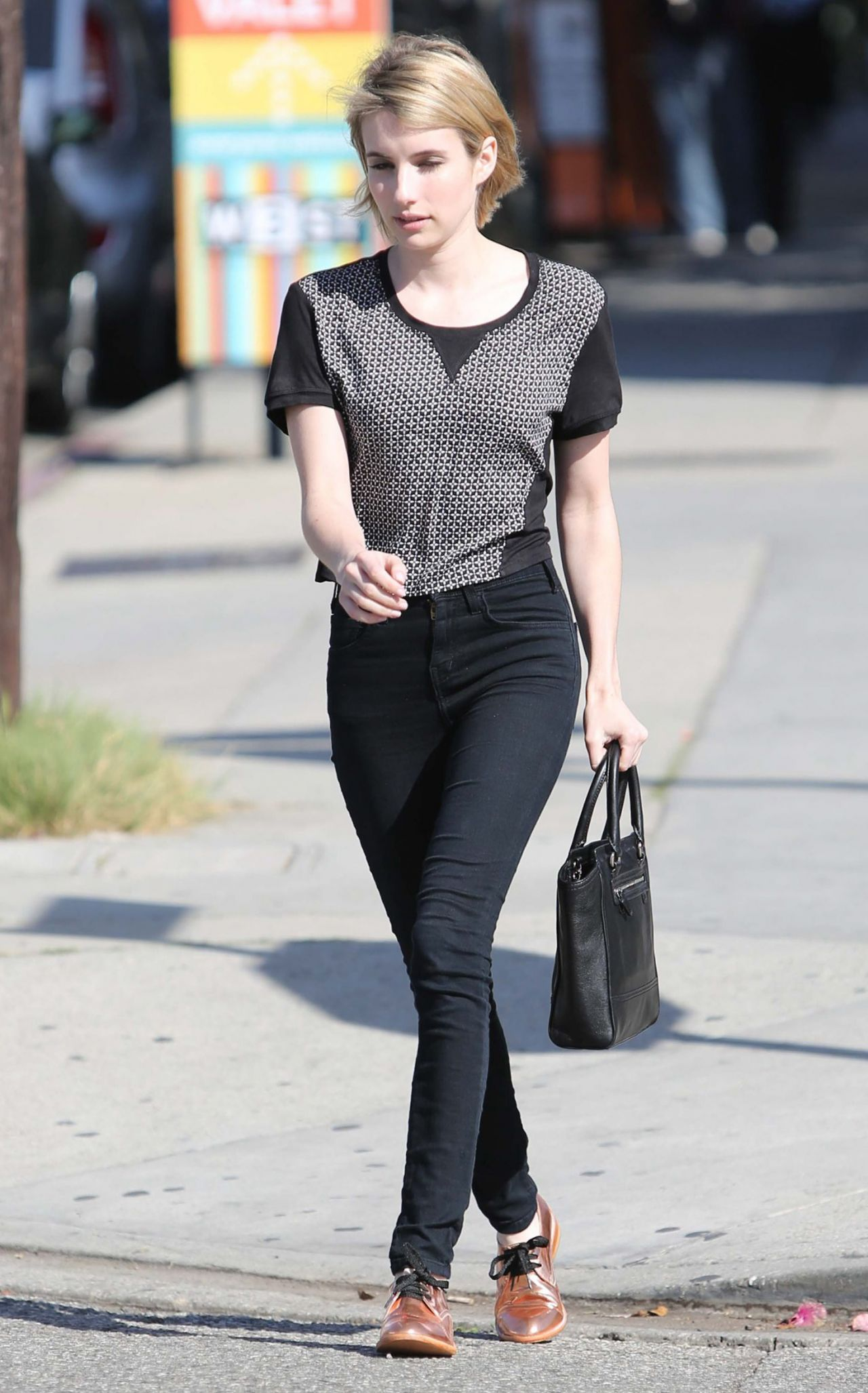 Emma Roberts Style Hot Girls Wallpaper