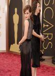 Emma Watson Wearing Vera Wang Dress – 2014 Oscars