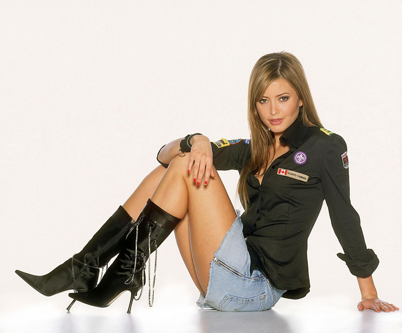 Holly Valance - Photoshoot by Fryderyk Gabowicz