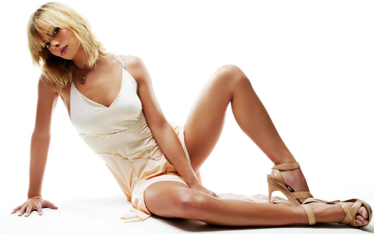 Jaime Pressly Hot Wallpapers 21