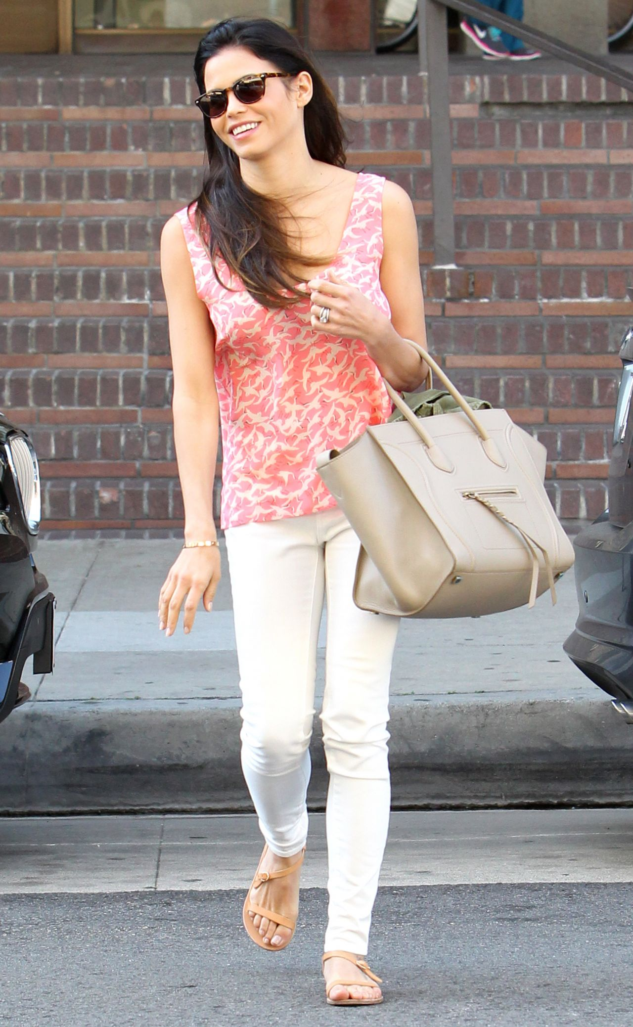 Jenna Dewan Casual Style Out In Beverly Hills March 2014