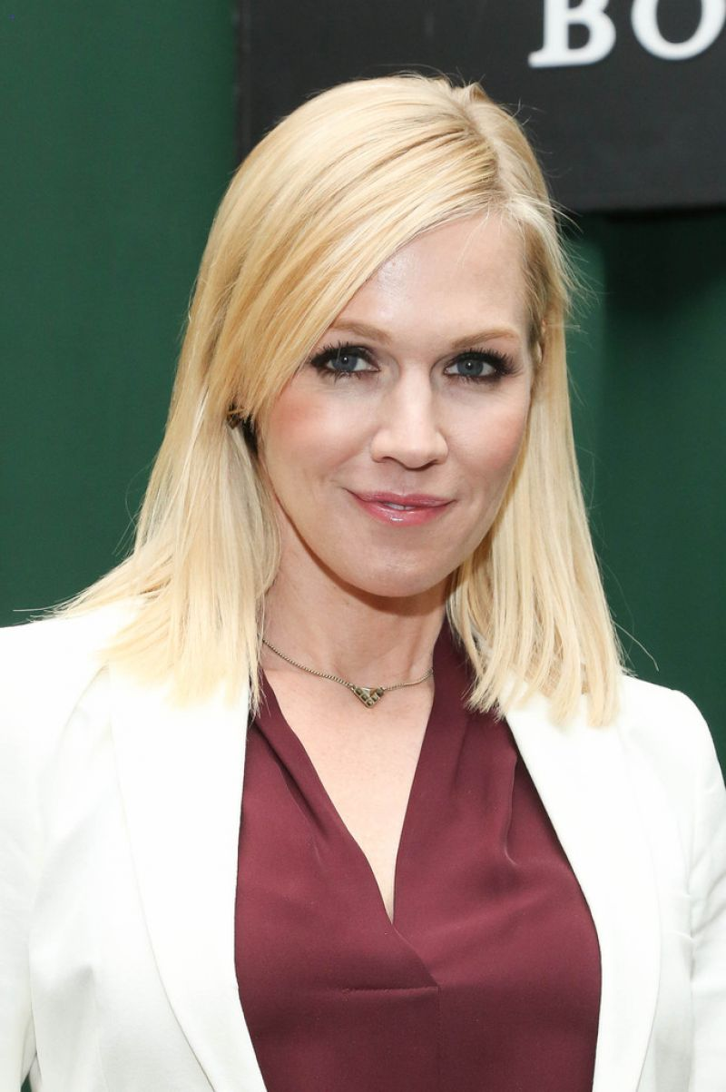 Jennie Garth Book Signing At Barnes Amp Noble Tribeca In