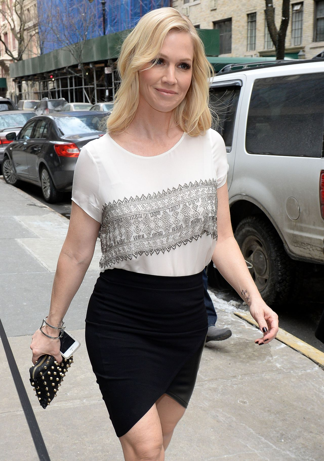 Jennie Garth - Promoting Her Book