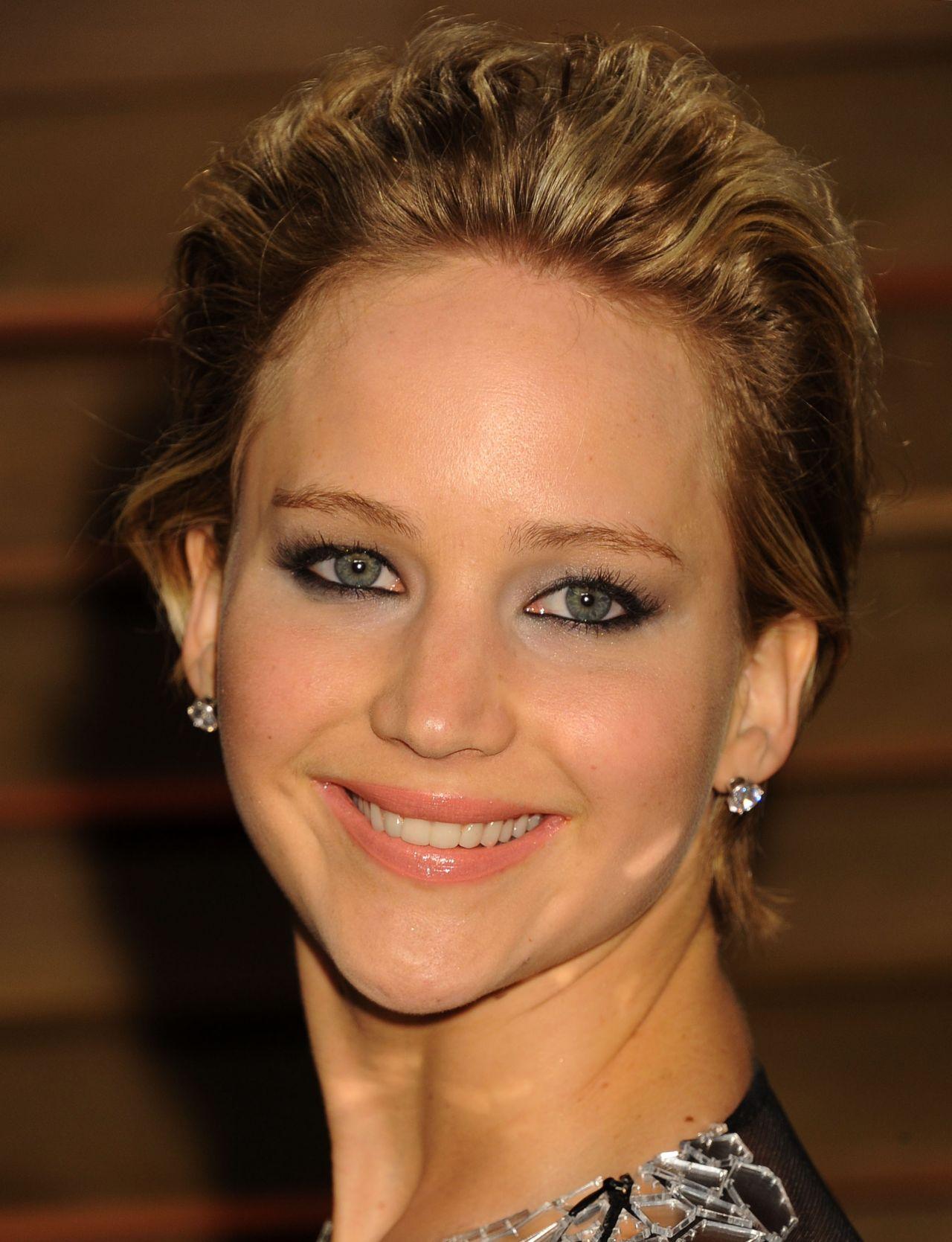 Jennifer lawrence makeup oscars