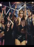 Jennifer Lopez hot in the