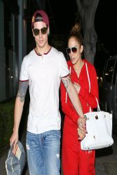 Jennifer Lopez - Leaving Italian Restaurant Osteria Mozza After Dinner