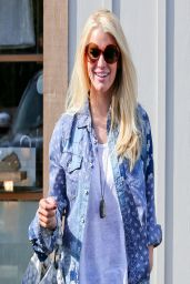Jessica Simpson Shows Off Her Legs in Denim Shorts - Out in Malibu, March 2014
