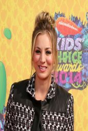 Kaley Cuoco in Rebecca Minkoff Tweed Blazer and Matching Shorts - Kids' Choice Awards 2014