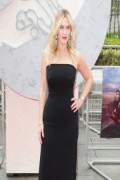 Kate Winslet Wearing Jenny Packham Gown  -