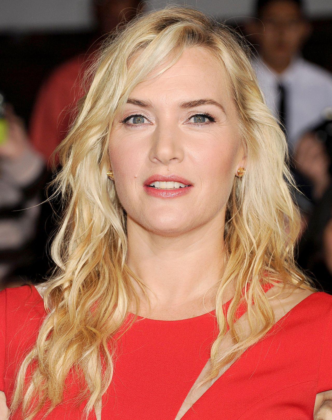 Kate Winslet Wearing Safiyaa Kate Winslet