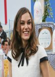 Keira Knightley - Chanel 2014/2015 Autumn/Winter Ready-To-Wear Collection Fashion Show