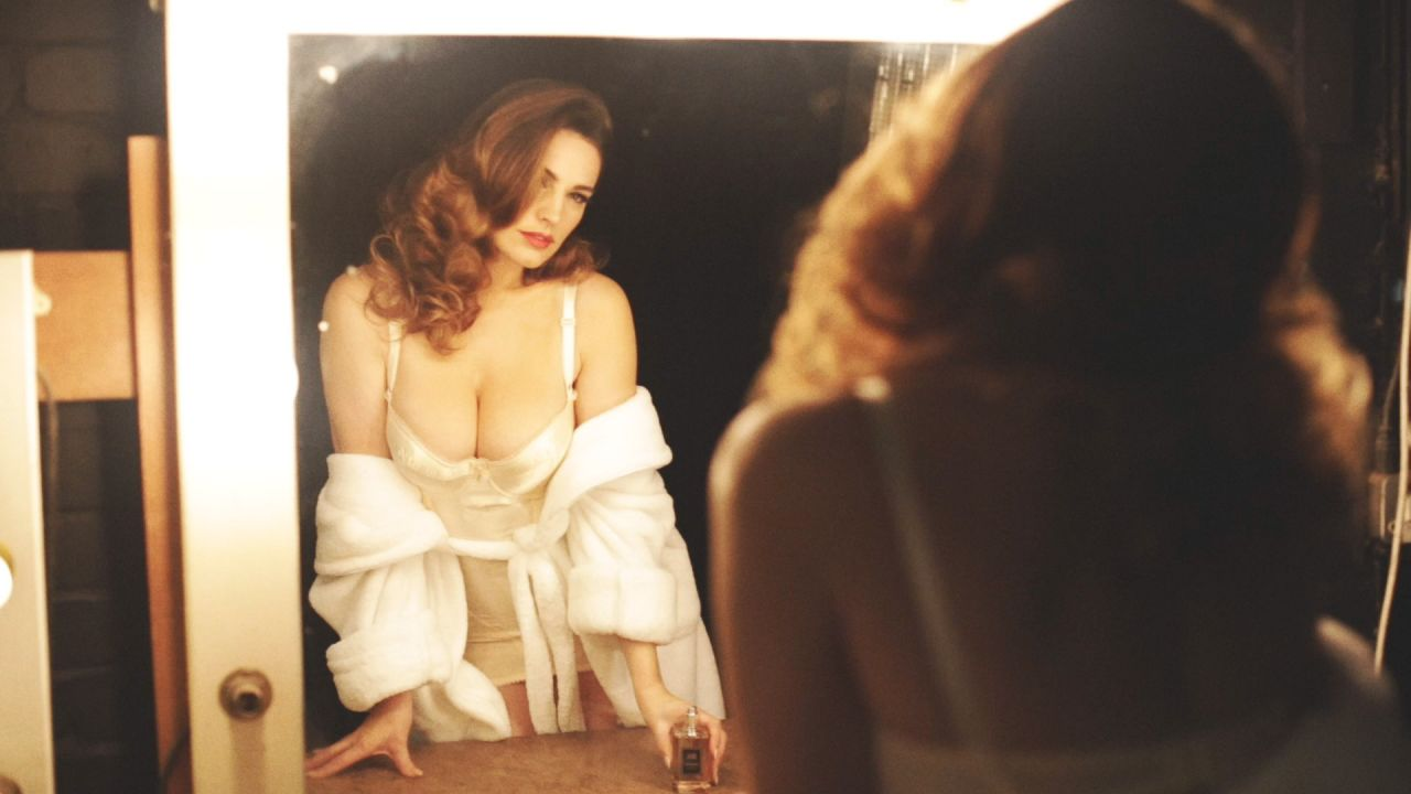 Kelly Brook Big Cleavage - Audition Perfume Photoshoot