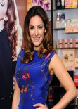 Kelly Brook - Launches Her New Perfume