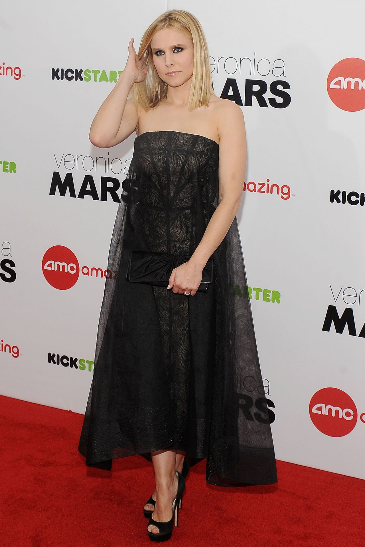 Kristen Bell On Red Carpet Veronica Mars Screening In