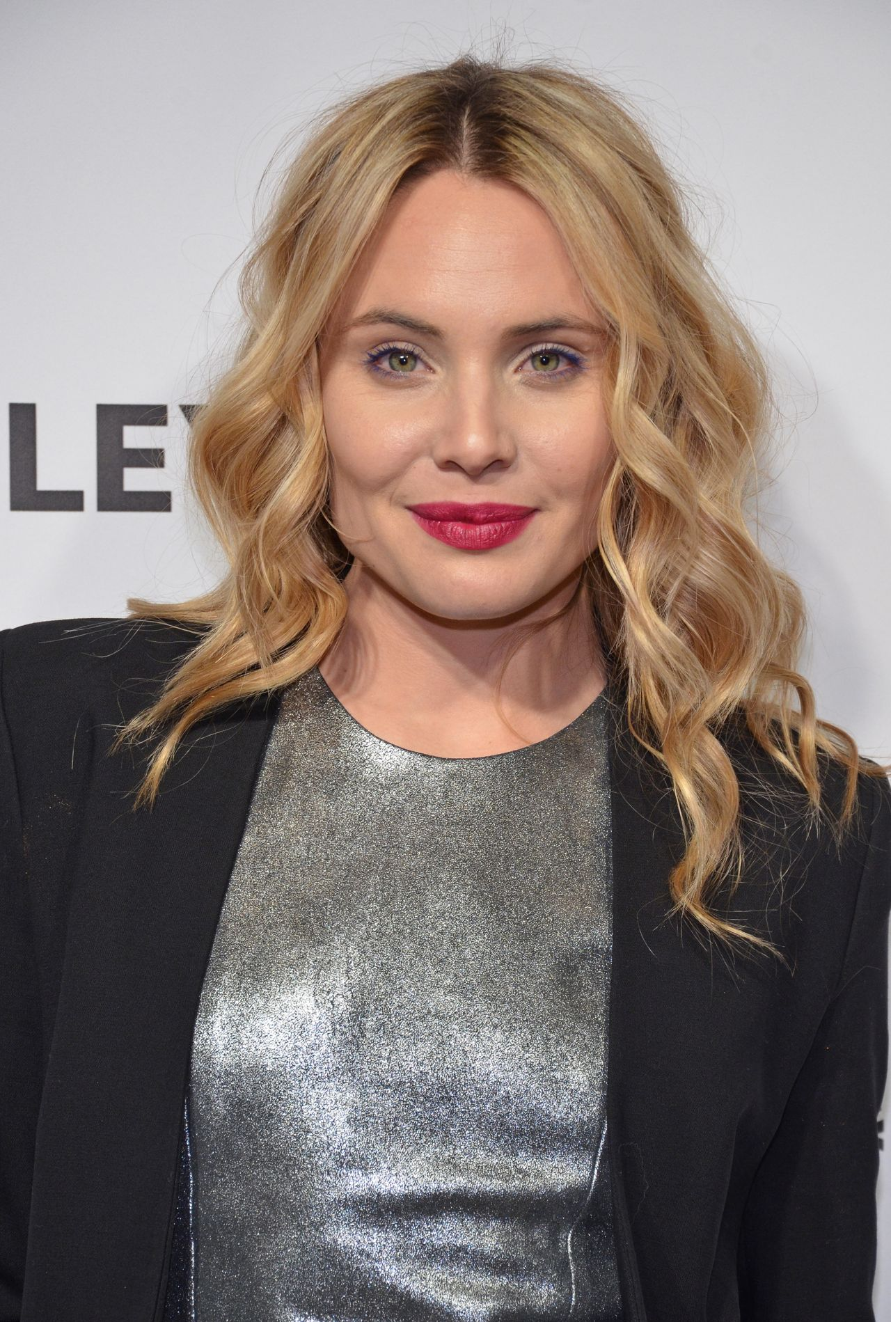 leah pipes - photo #11