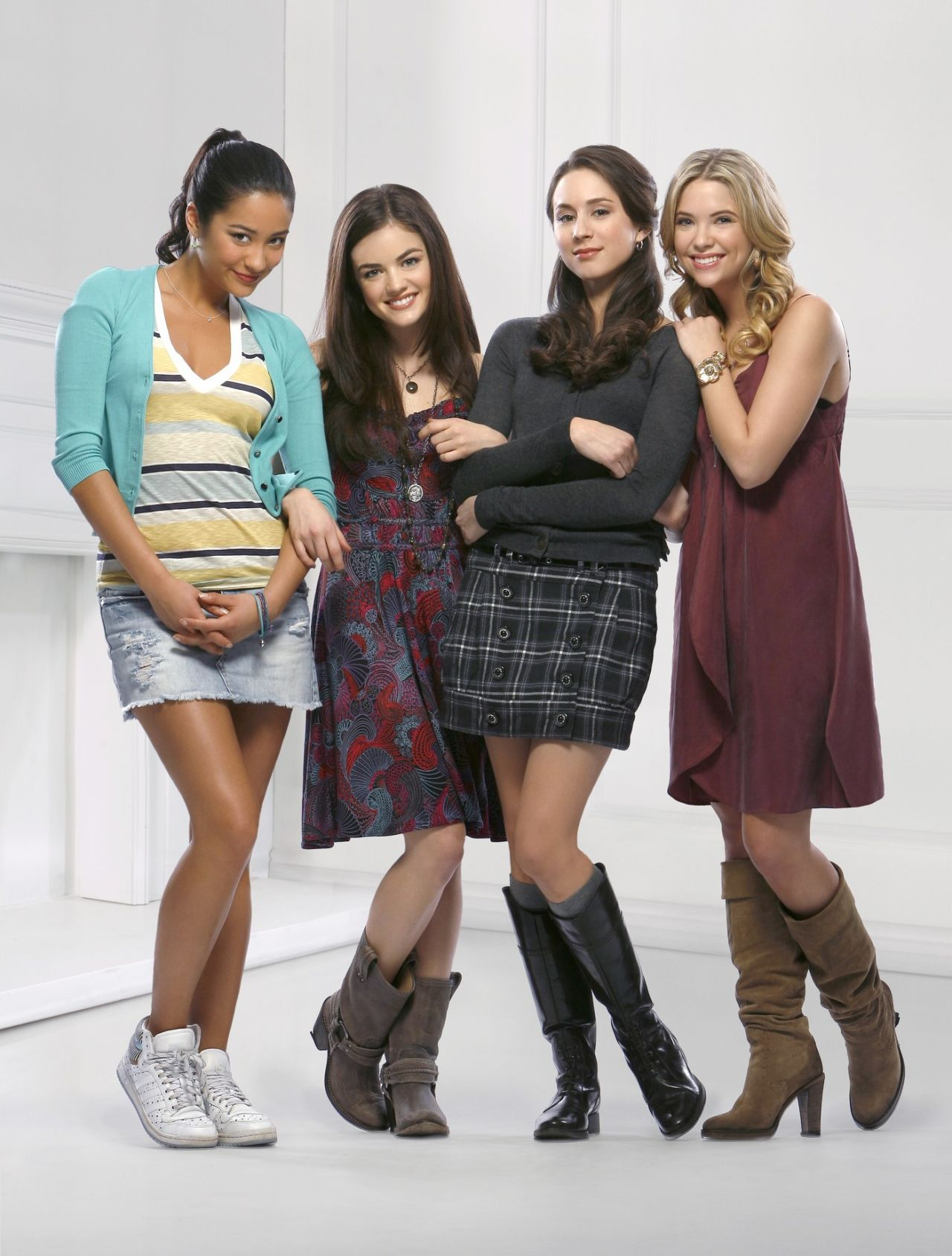 Lucy Hale, Ashley Benson, Shay Mitchell and Troian Bellisario – 'Pretty Little Liars' TV Series Promos Season 1 (Part 2)