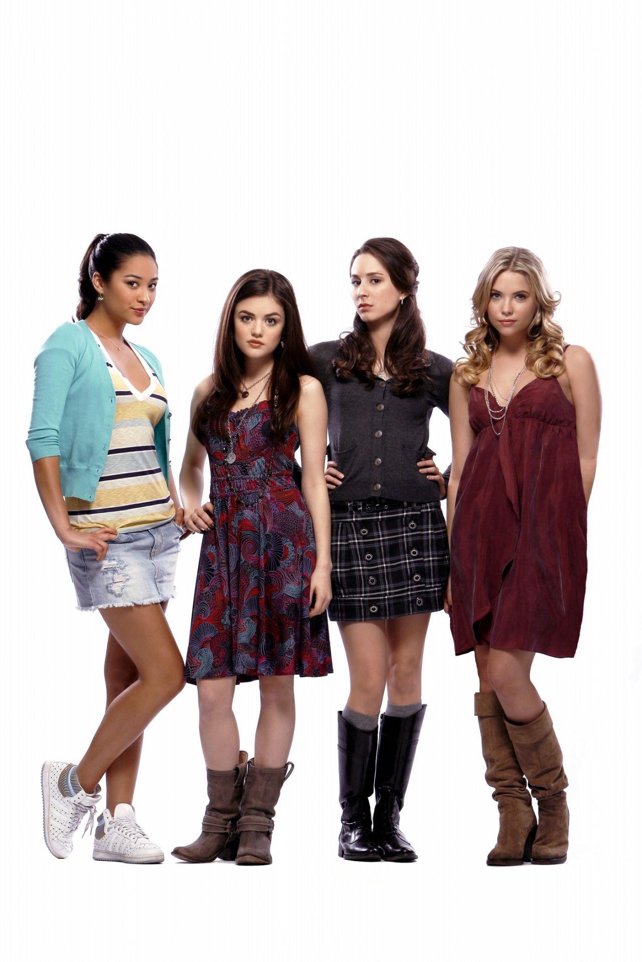 Watch Pretty Little Liars - Season 1 Episode 3