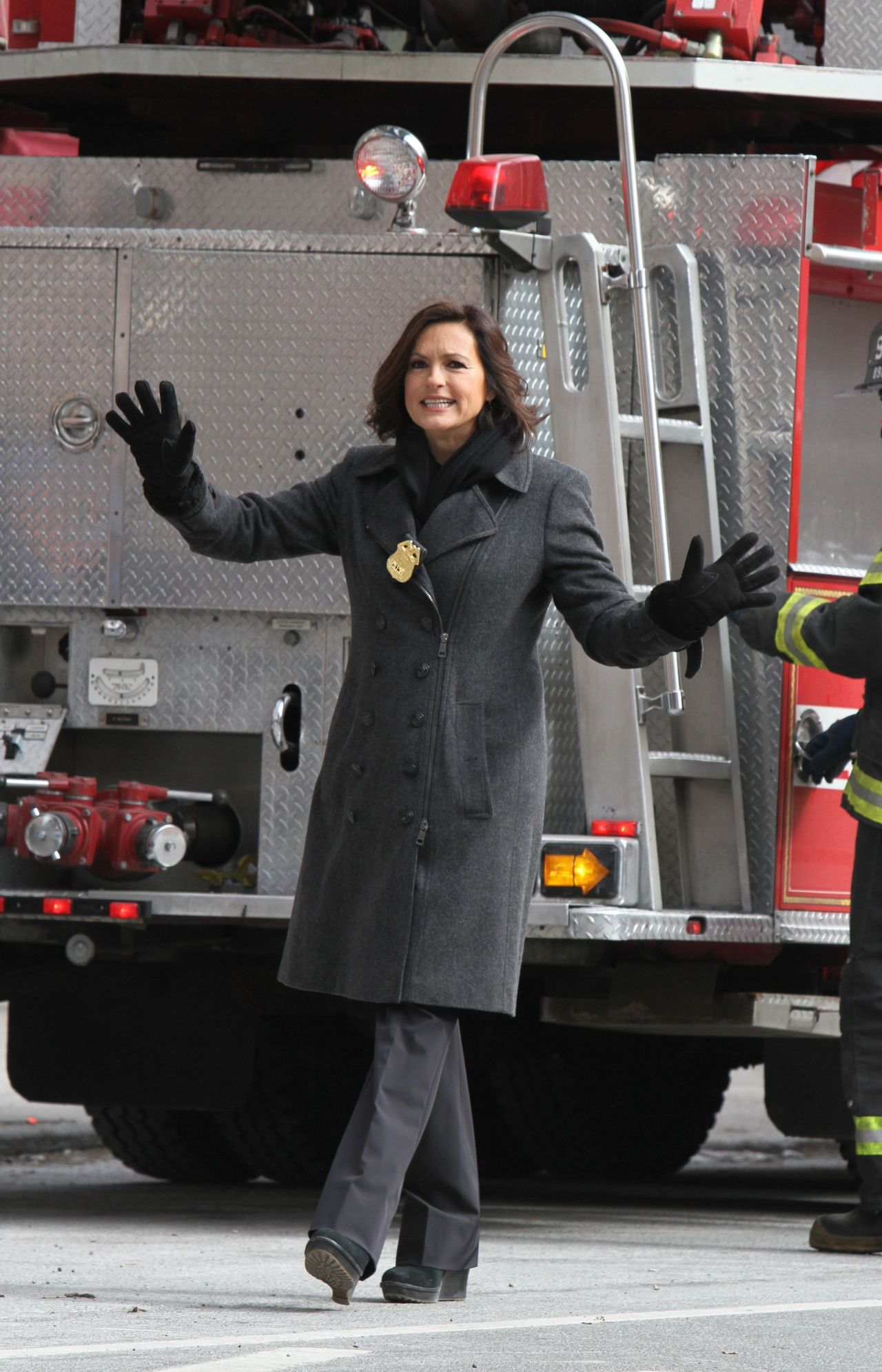Mariska Hargitay Law Amp Order Svu Set Photos Queens