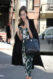 Miranda Kerr in New York City - Leaving Her Apartment Building in Manhattan - March 2014
