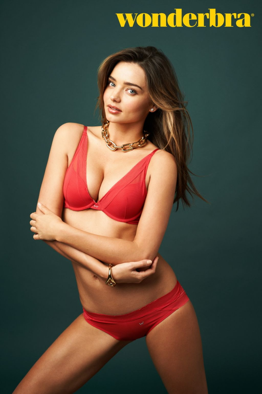 Miranda Kerr in Wonderbra