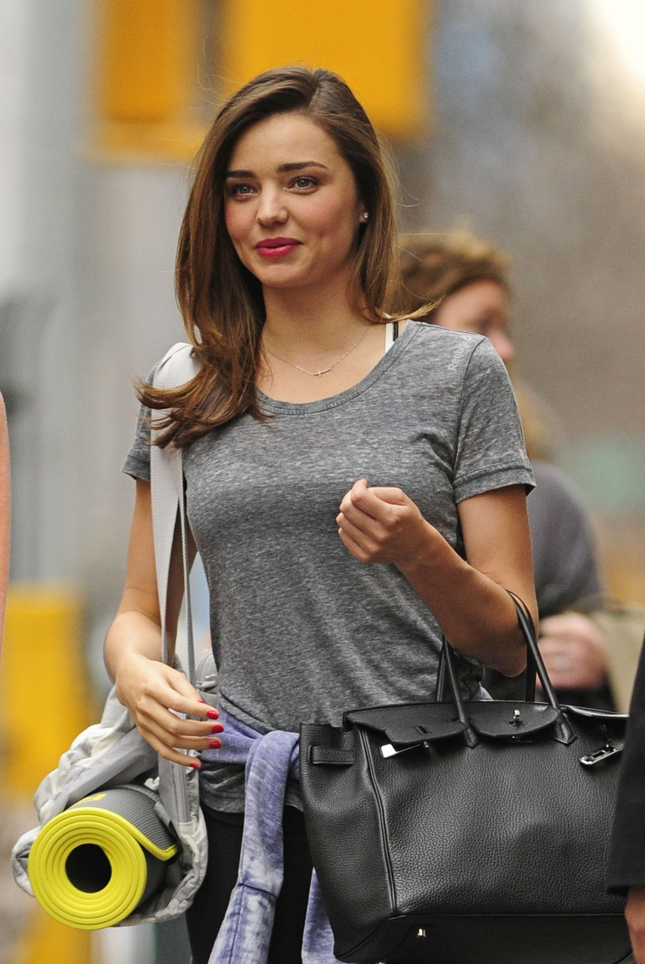 Miranda Kerr Street Style - After Her Yoga Session - March 2014