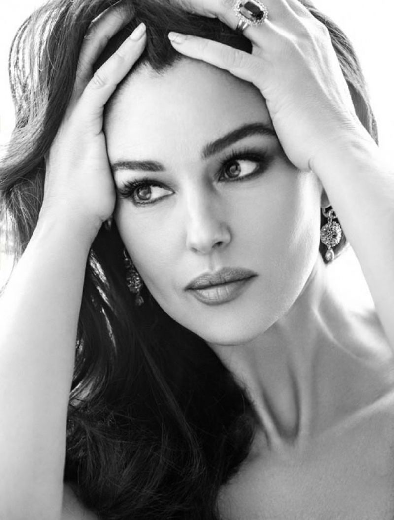 Monica Bellucci   Woman Madame Monica Bellucci