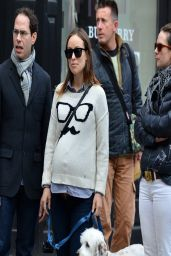 Olivia Wilde in New York City - Having Lunch With a Friend - March 2014