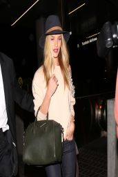Rosie Huntington-Whiteley - LAX airport in Los Angeles - March 2014