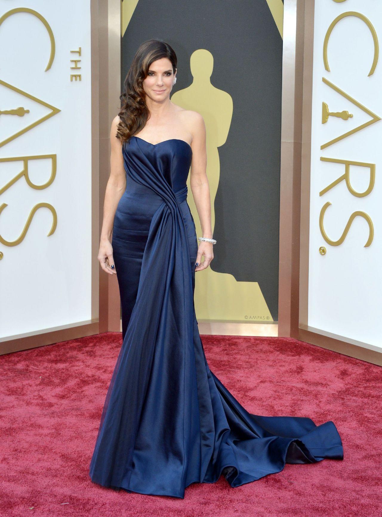 Sandra Bullock in Alexander McQueen With Lorraine Schwartz Jewels - 2014 Oscars