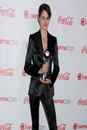 Shailene Woodley in Dolce & Gabbana satin Navy Suit - CinemaCon 2014 - The Big Screen Achievement Awards
