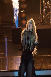 Shakira - 2014 Echo Music Awards