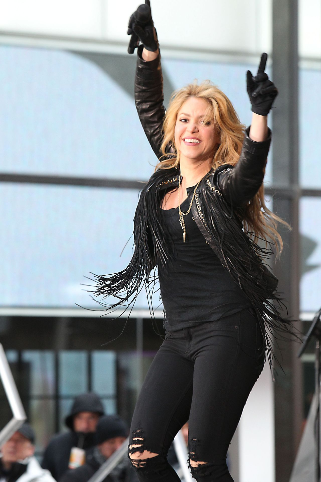 Nfl On Sirius >> Shakira - Performing on NBC's 'Today' - Rockefeller Plaza in New York City