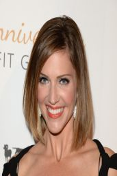 Tricia Helfer on Red Carpet - Humane Society 60th Anniversary Gala