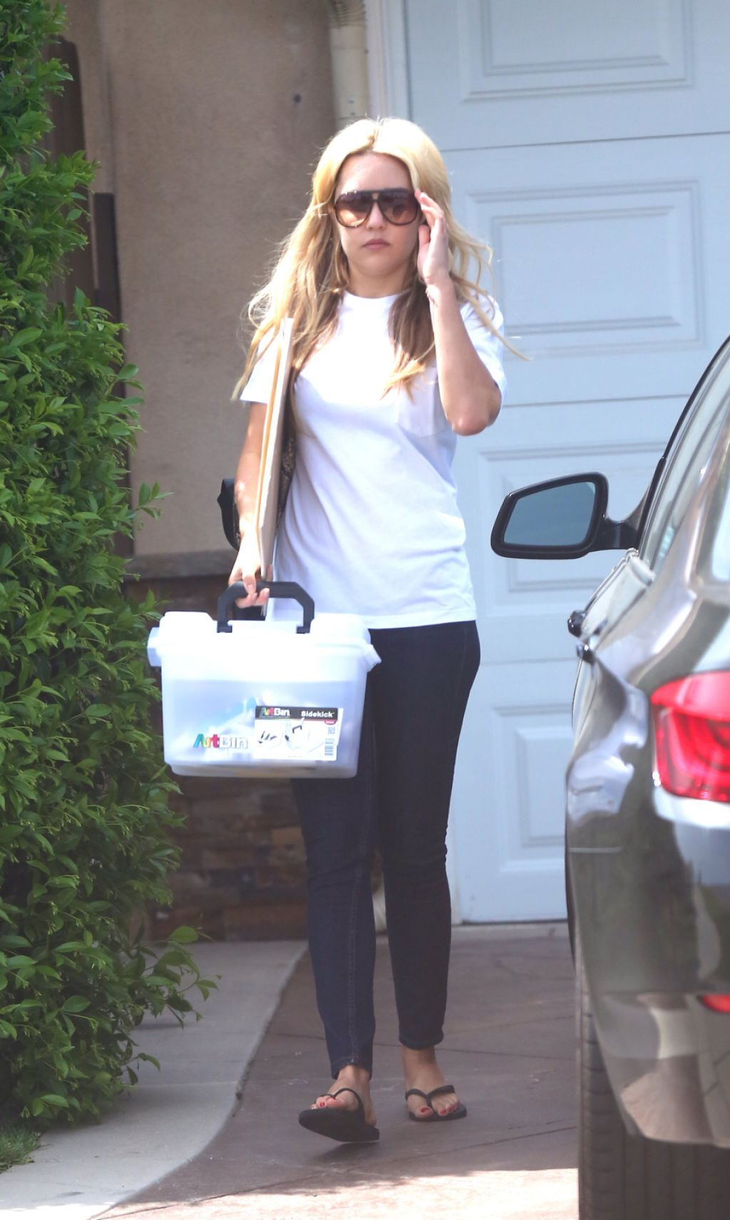 Amanda Bynes Out In Los Angeles April 2014