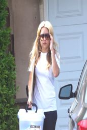 Amanda Bynes - Out in Los Angeles - April 2014
