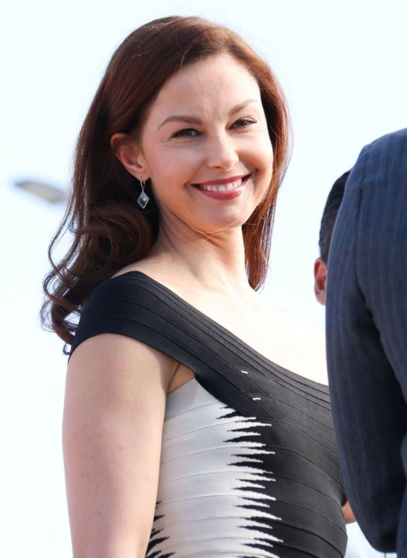 Ashley Judd on the Set of
