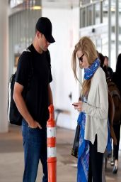 Brooklyn Decker Casual Style - at LAX Airport - April 2014