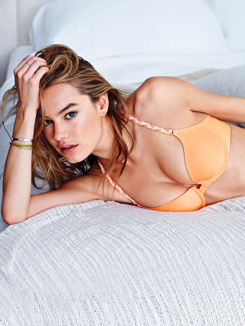 Camille Rowe - Victoria