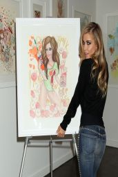 Carmen Electra in Jeans - at an Art Gallery in West Hollywood - April 2014