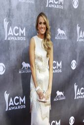 Carrie Underwood Wearing Oscar de la Renta Gown - 2014 Academy of Country Music Awards